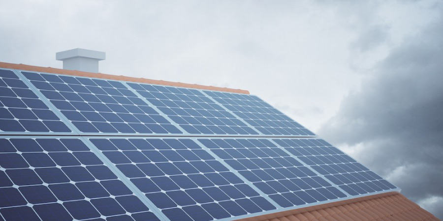 paneles solares en invierno