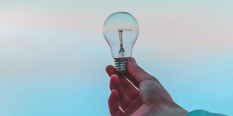 Por qué contratar una comercializadora eléctrica del mercado libre